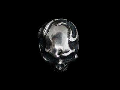 画像1: Eden Skull Studs (1)